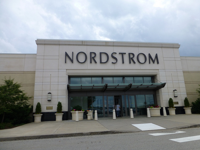 nordstrom-experiential-retailing